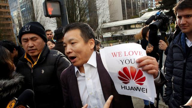 Chinese support for Huawei against Apple