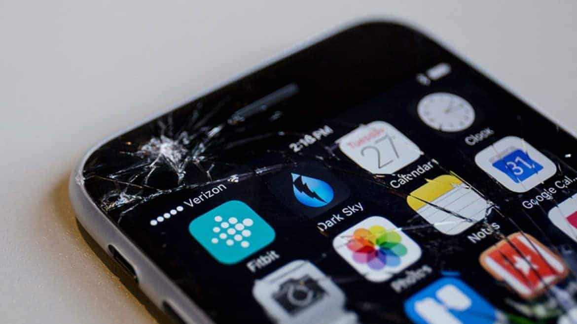 Apple now lets you get your iPhone repaired at home