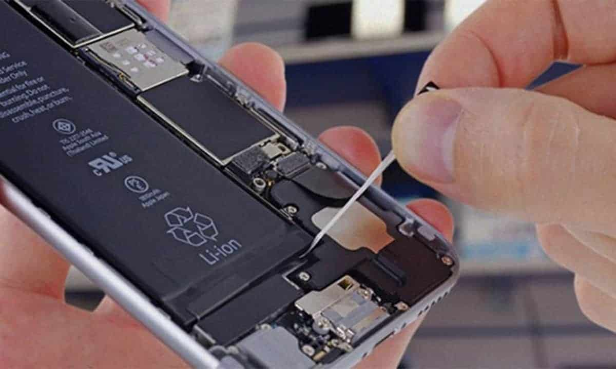 iPhone battery repair services