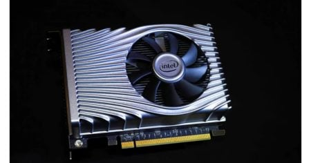 Intel set to release OEMs models for its first DG1 graphics card
